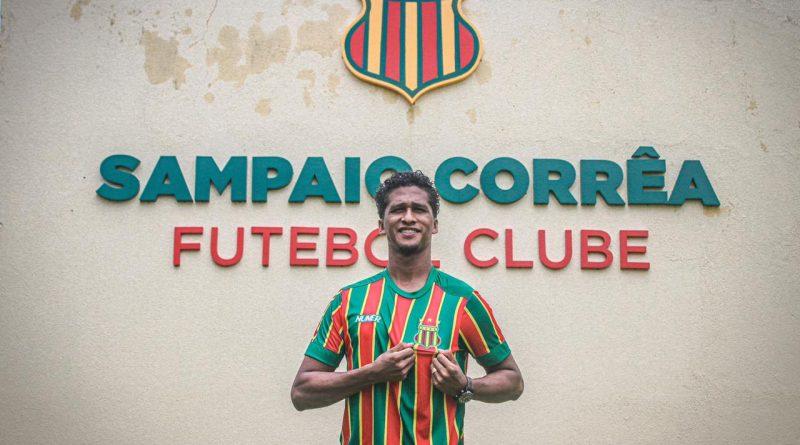 """De família maranhense, Abuda comemora chegada ao Sampaio Corrêa: """"Um sonho realizado"""""""
