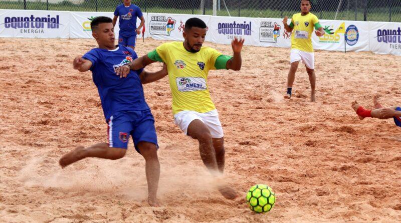 Beach Soccer: Paço do Lumiar mantém os 100% e avança às semis